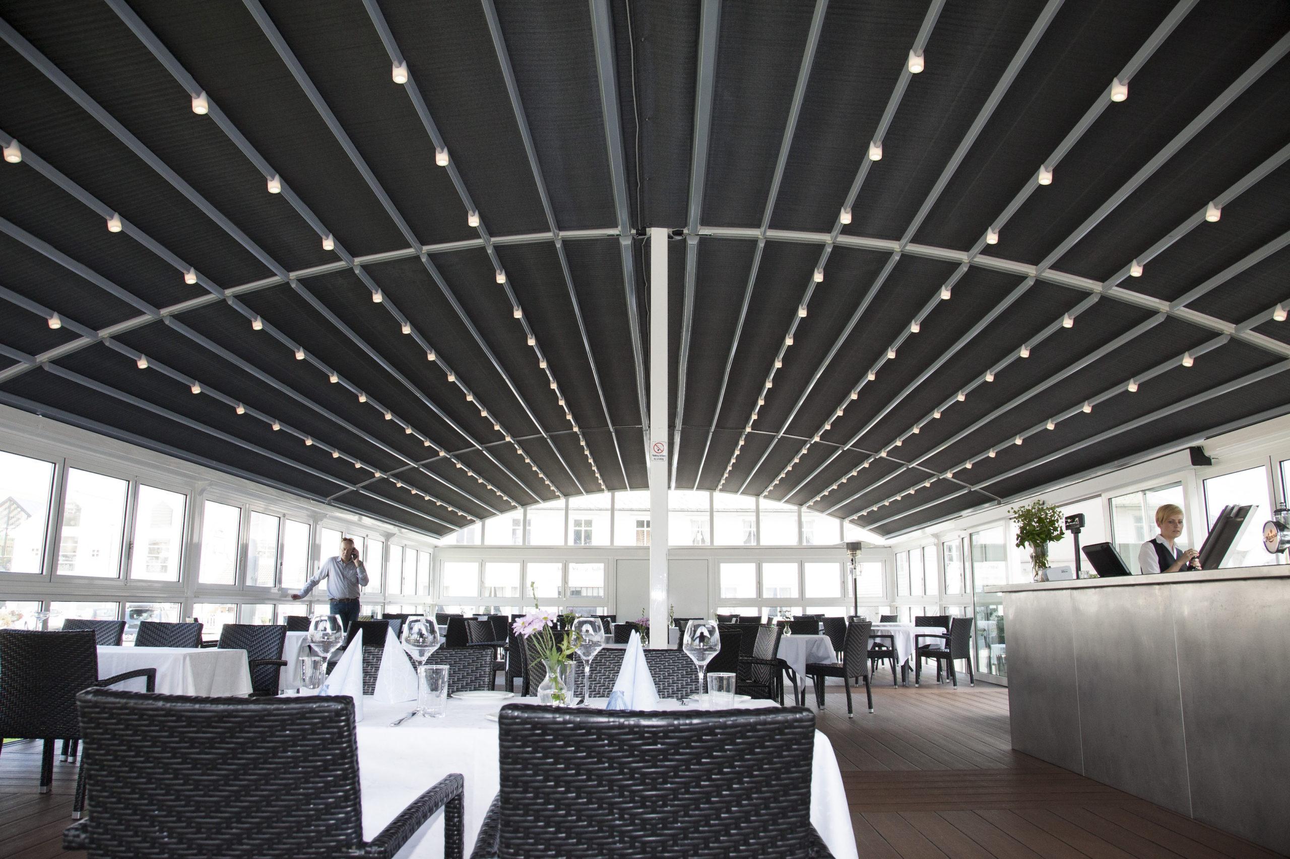 Bekkjarvik Gjestgiveri restaurant utedesign